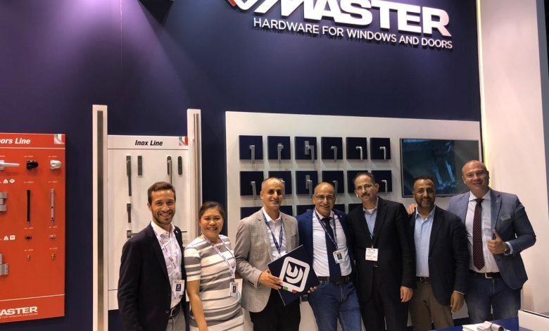 foto di gruppo Master Italy al Windows Doors and Facades di Dubai